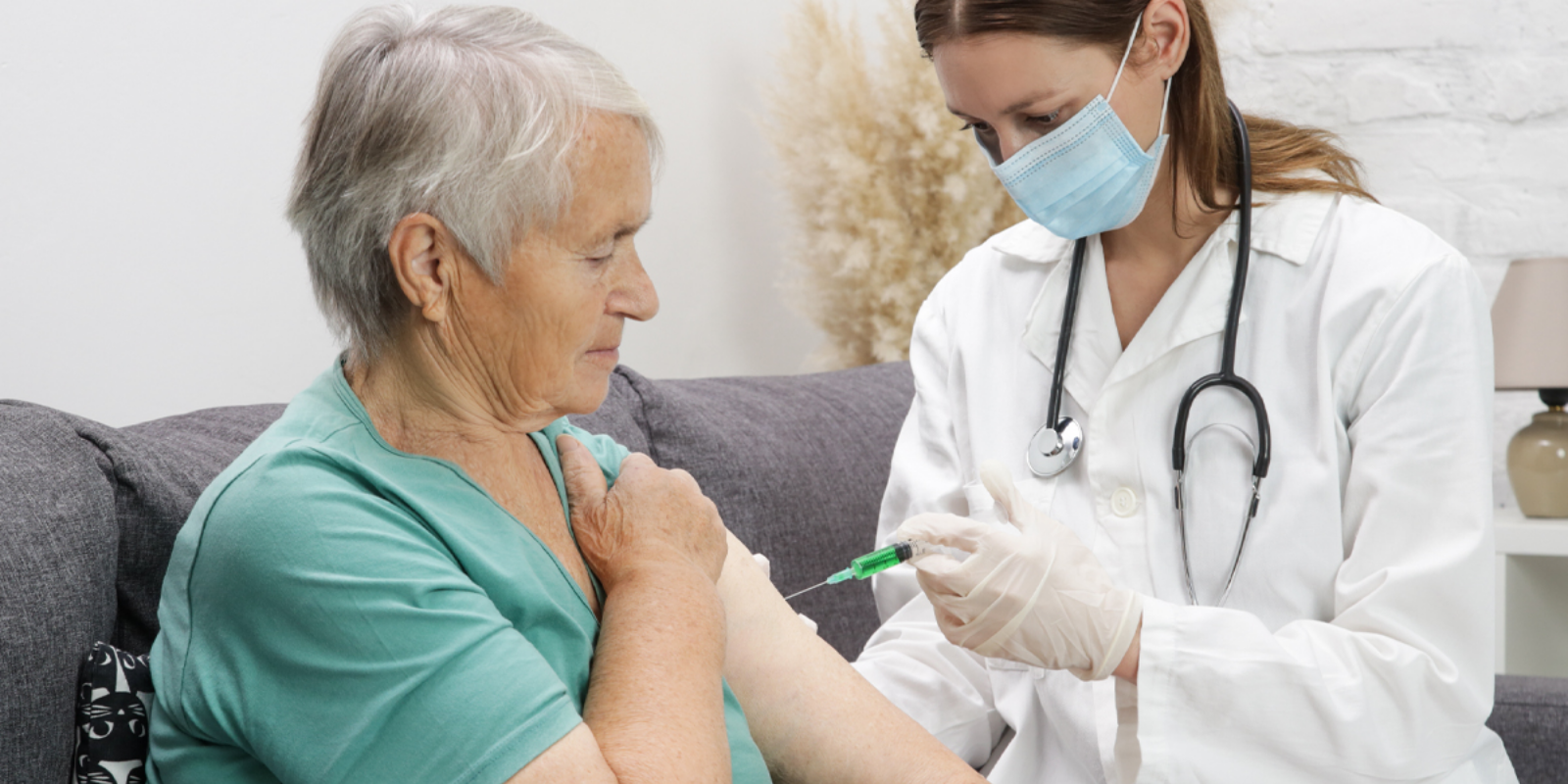 Vaccinated Canadians feel they deserve more freedoms than unvaccinated Canadians: Poll