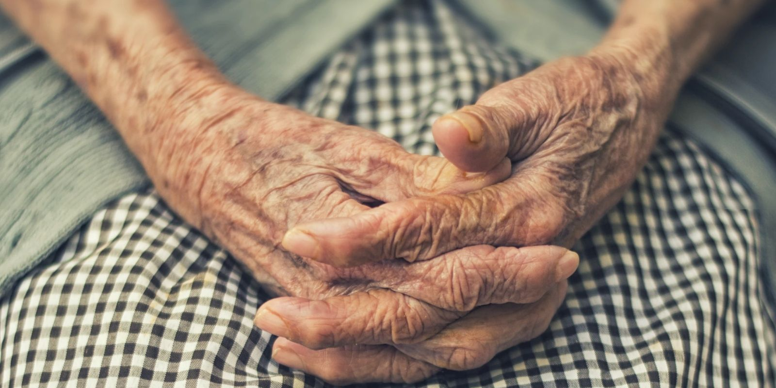 'Majority' of COVID deaths were among those 85+, typically with dementia or Alzheimer's: StatCan