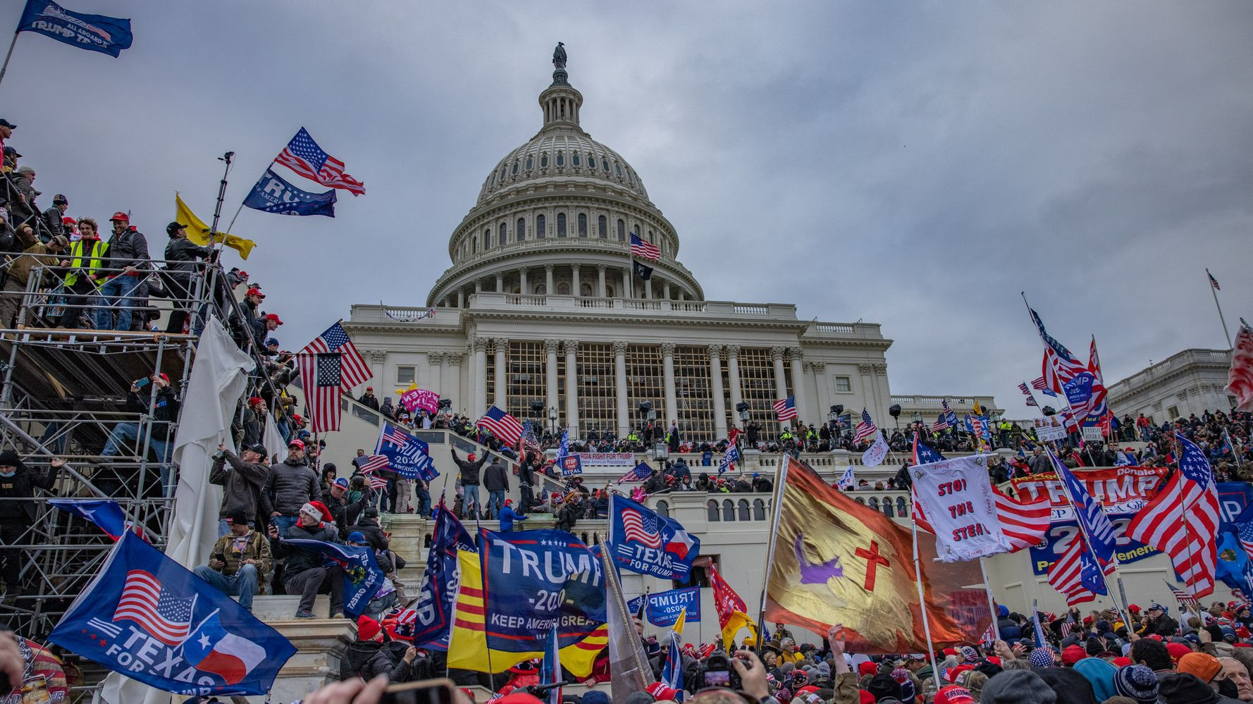 FBI had informant inside the Capitol during Jan 6 riot: report
