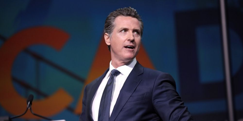 Teachers, parents and students protest against Newsom's vaccine mandates in California